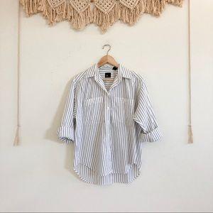 Vintage Liz Claiborne Sport White/ Navy Button Up